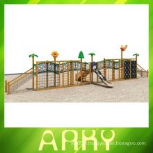 Terrains de jeux en bois de haute qualité à la vente