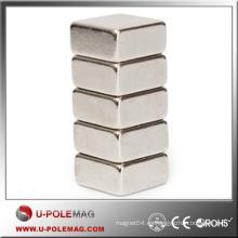 Imán del neodimio del imán del precio bajo / imán del bloque Imán fuerte del neodimio de NdFeB Axial / F30x30x30m m