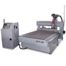 CNC Woodworking Machine with Auto Tools Changer and Servo Motor, Measuring 1,300 x 2,500 x 200mm