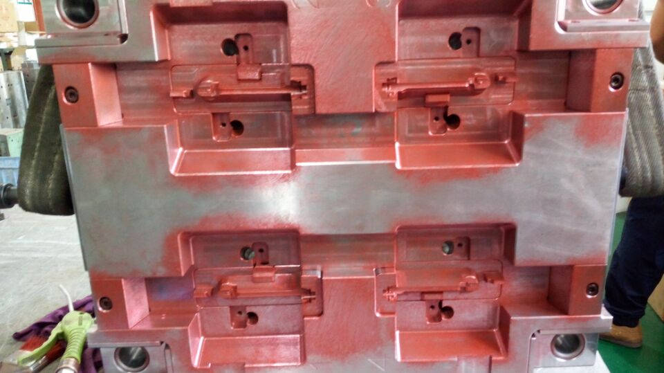 Automotive mold
