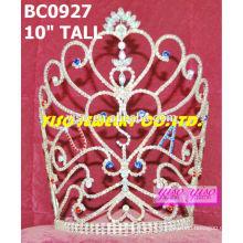 Coroas de cristal de desfile e tiaras