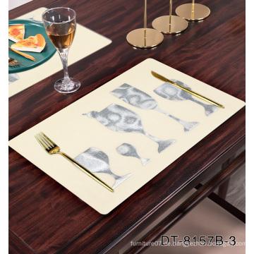 Rechteckige Tischsets mit neuem Designmuster