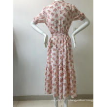 платье с коротким рукавом с цветочным принтом