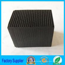 Le charbon actif en vrac imperméable de nid d'abeilles pour l'odeur particulière absorbante