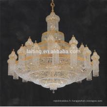 Lustre aux cristaux du Pakistan pour l'église