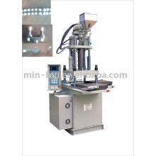 Vertikale Spritzgießmaschine