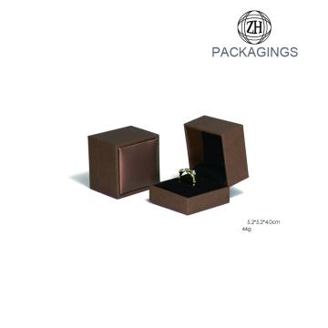 Fertigen Sie Schmuckpapier-Kasten mit Samt-Einsatz besonders an
