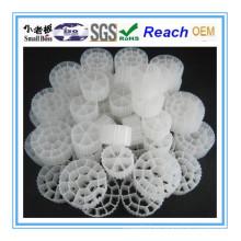 Bola biológica de los medios de filtro, Bio Ball, media del filtro de Bio Media del embalaje de la torre PE Bio Cel / medios de filtro de la charca