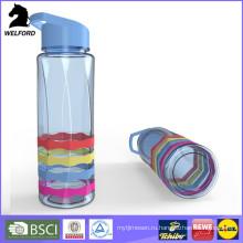 Пластиковые бутылки воды спорта с соломой