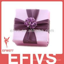 Nueva caja púrpura delicada llegada del favor de la boda hecha en China