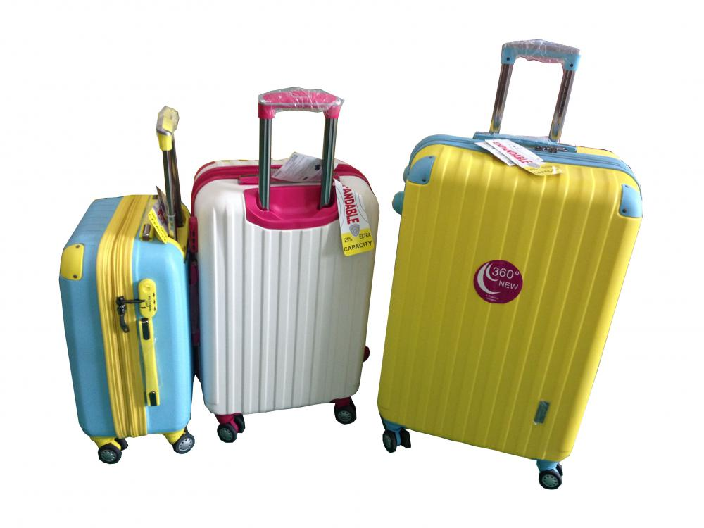 Fashion Color ABS Luggage Set with Airplane Wheels