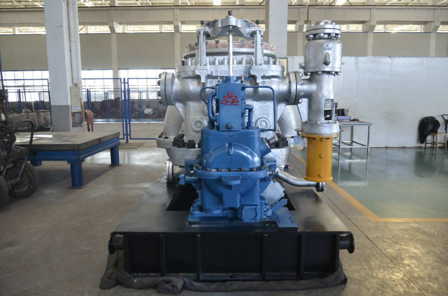Condensing Steam Turbine 12