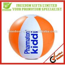 Balle de plage gonflable adaptée aux besoins du client de PVC de prix bon marché