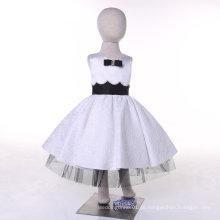 Weiß / Schwarz Designer Blumenmädchen Kleid für Hochzeit und Zeremoniell