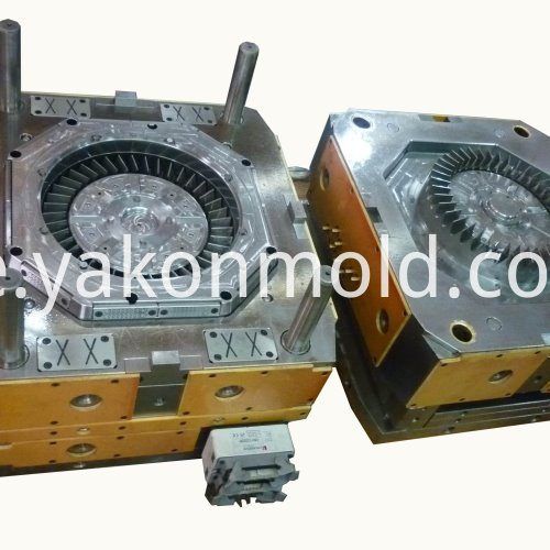 Vehicle Accessory Injection Molding