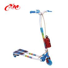 фабрика оптовые дети удар скутер/холодный руль легкий детский складной самокат с музыкой/3 колеса самокат на alibaba продажи