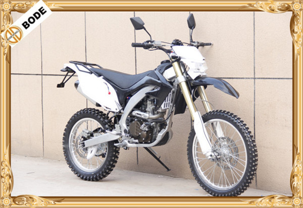 New 250 cc dirt bike for sale cheap with 4 valve