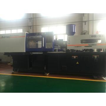 Plastic injection moulding machine UJ/90