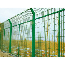 Wire Mesh Fencing (Vairous Colors Available 028)