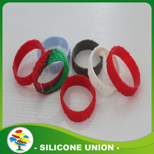 Pulseras de silicona relieve barato por mayor