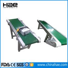 Wide plastic chain plate conveyor