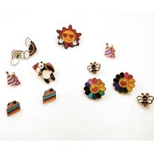 Pin de solapa Insignias de botones de ropa de esmalte duro suave