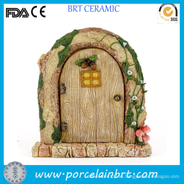 Encantadora puerta en miniatura de resina de jardín de hadas