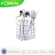 Металлические ножи и держатель для посуды