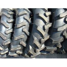 Neumático agrícola / Agricultual neumático (14.9-24)