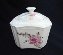 Superwhite Decorative Ceramic Sugar Pot