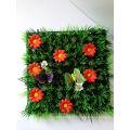 Tapis d'herbe de décoration matérielle de PE artificiel avec des coccinelles et des fleurs