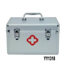 Nouvelle boîte de secourisme vide aluminium argent arrivée avec plateau à l'intérieur