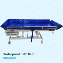 Utilisation d'hôpital de lit de bain en plastique imperméable pour le patient