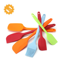 Hot Selling 6pcs Colorful and Funny Kitchen Silicone Bakeware Set Brush Spatulas