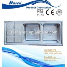 DS12050A venta caliente única tipos diferentes de acero inoxidable mesa de limpieza de pescado con fregadero