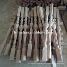 barandilla de escalera de madera tallada