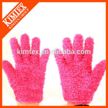 Ladies custom knitted feather yarns gloves