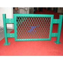 Clôture augmentée de grillage (TS-E141)