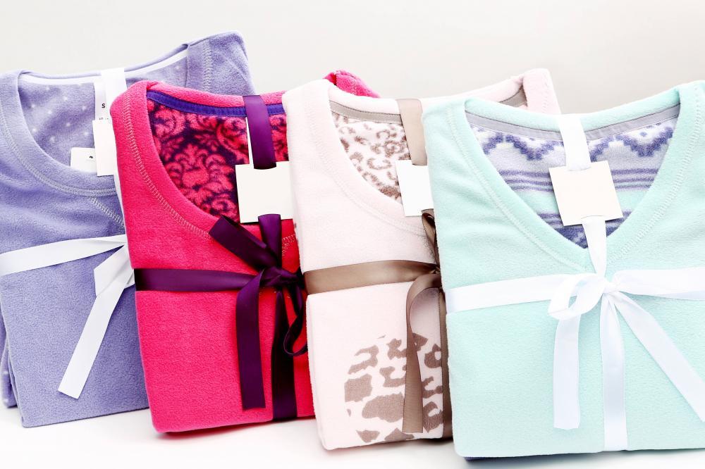 Ladies solid or printed pajamas