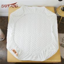 Folha de cama cabida impermeável descartável descartável quente do bolso de Amazon com elástico
