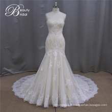 Robes de mariée A-ligne Champagne appliques de qualité fine