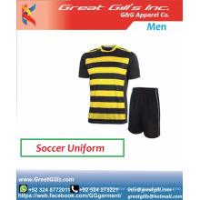 Fußballuniformen für Frauen und Herren / Fußballbekleidung