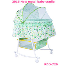 2016 neue desigh metal swing bed baby bassinet TC Stoff mit Moskitonetz