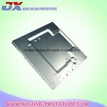 CNC подвергал части механической обработке Штемпелевать металлического листа точности