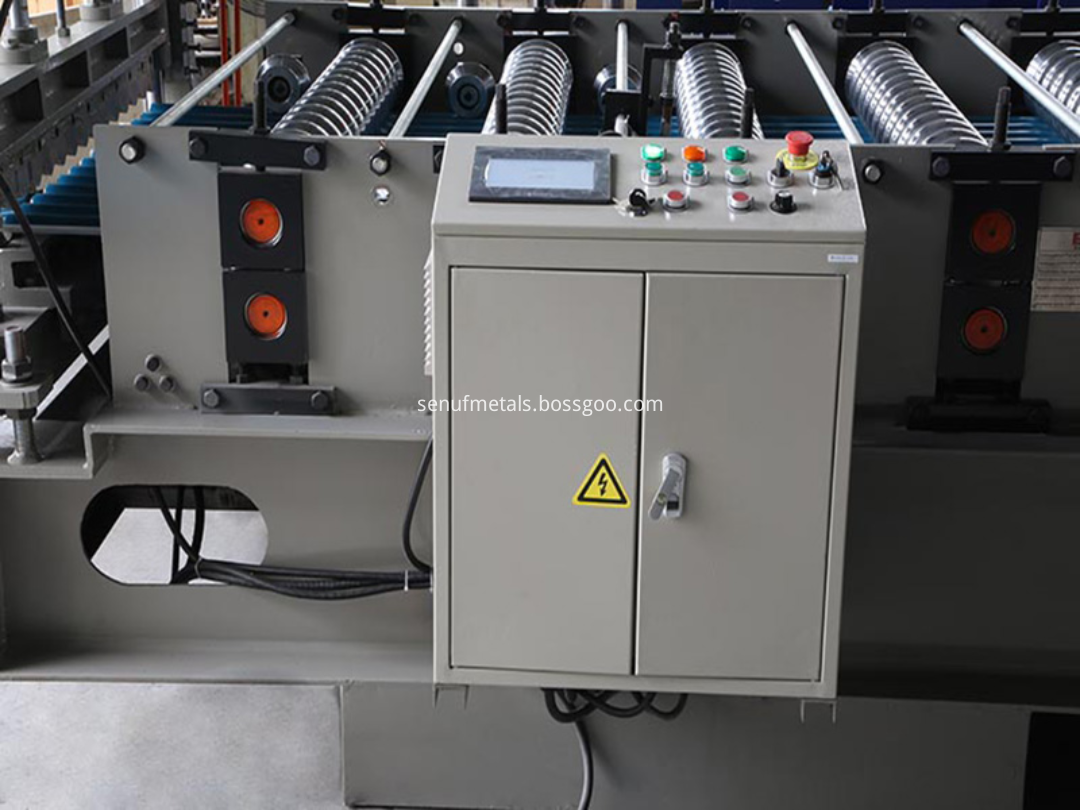 Corrugated forming machine PLC control system