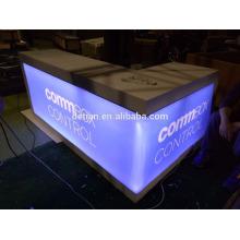 mostrador de recepción de exposición modular de madera con efecto de iluminación para feria comercial