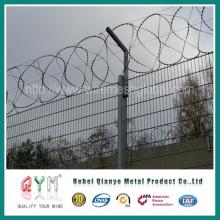 Cerca de seguridad de la frontera / alambre de púas de la seguridad