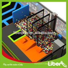 Parc européen de trampoline commercial de haute qualité européen avec des activités variées Certifié de qualité