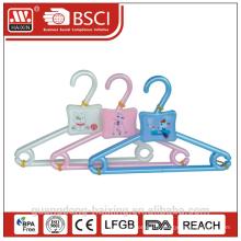 Populaire en plastique hanger(3pcs)