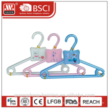 Popular plastic hanger(3pcs)